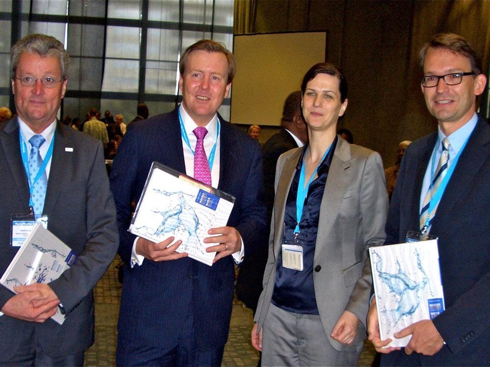 Prinz Willem-Alexander der Niederlande eröffnet die Ausstellung in Kapstadt 2011
